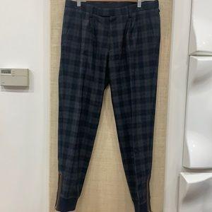 Like new Kolor japan wool zipper bottom detail